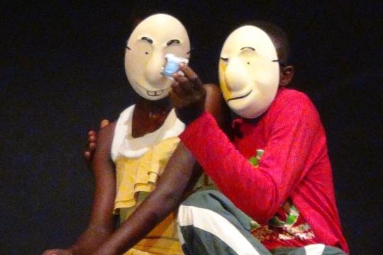Theater training tussen Kalasjnikovs